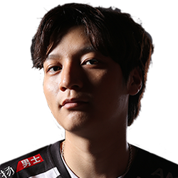 Player Yang DOTA 2