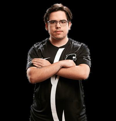 Игрок Yuri Santos CSGO